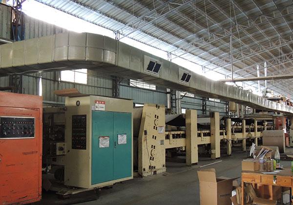 ZLG理工厂房降温设备管道