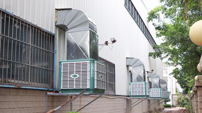 广西电控电气集团组装车间安装ZLG理工环保空调