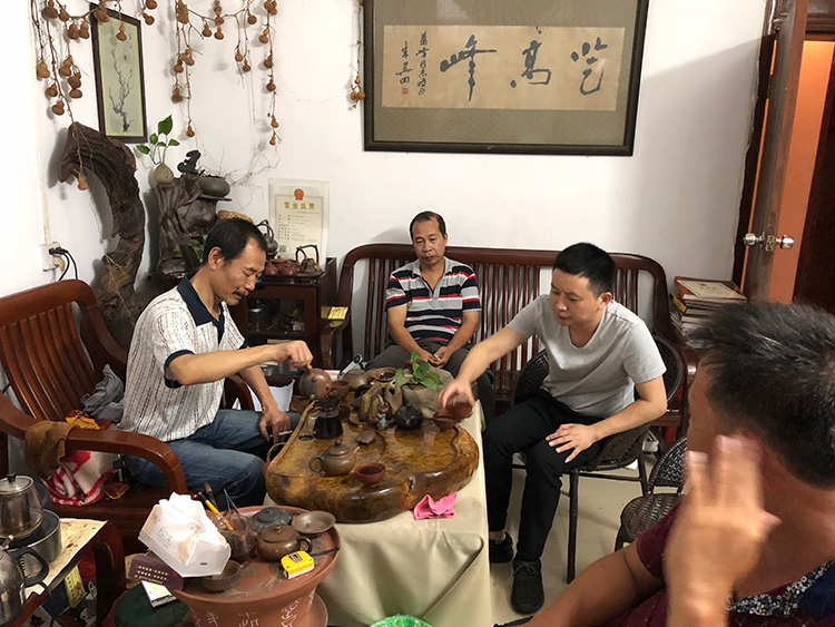理工公司陈经理与朱肖峰大师